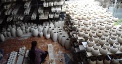 Thăm quan mô hình sản xuất tại làng nghề gốm sứ Bát Tràng  Hoạt động thực...
