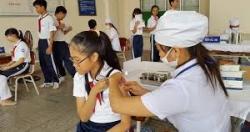 TS. Doãn Ngọc Hải tham dự buổi tiêm Vaccin phòng bệnh viêm não nhật bản tại...