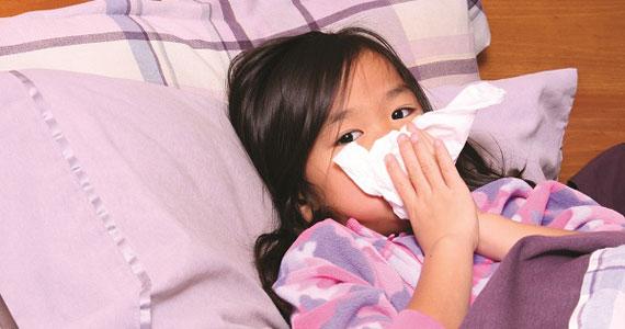 Phòng bệnh viêm hô hấp lúc giao mùa cho trẻ