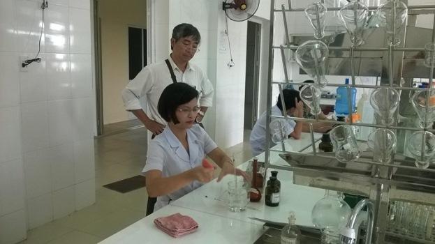 Kiểm tra chất lượng và công nhận chuẩn các xét nghiệm tại TTYTDP tỉnh THÁI BÌNH