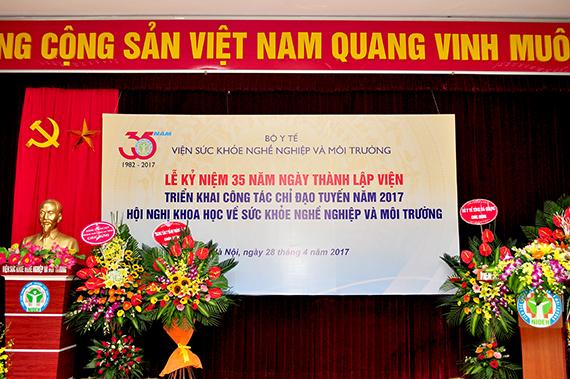 Lễ kỷ niệm 35 năm ngày thành lập Viện, triển khai công tác chỉ đạo tuyến năm 2017.