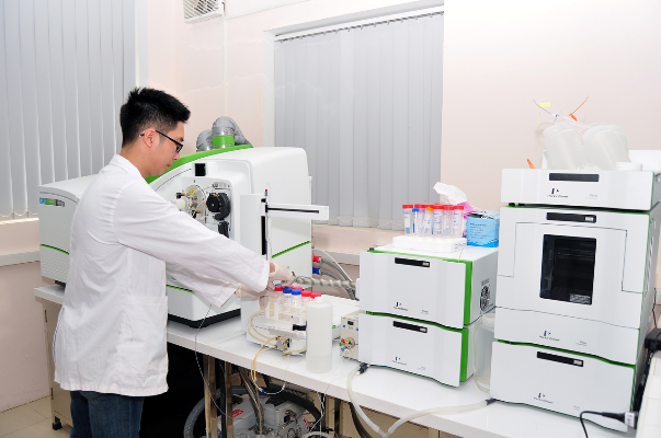 Tiếp tục đánh giá và chứng nhận chất lượng nước đầu ra của thiết bị lọc nước Karofi đạt QCVN 6-1...