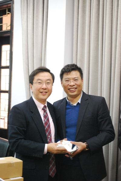 Hợp tác về các hoạt động y tế lao động, sức khỏe nghề nghiệp với chuyên gia trường Đại Học Kytakiushu, Nhật.